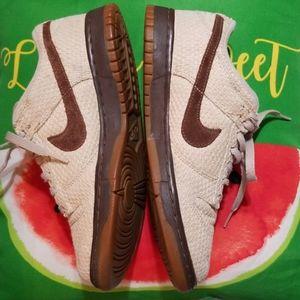Mens Nike 8 very sharp shoes